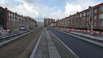 Asfalteren parallelwegen Valeriusstraat