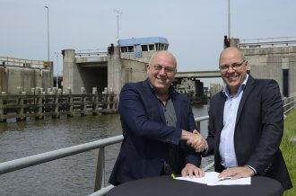 Ondertekening contract sloop Zwettebrug